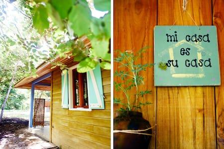 Eco-Friendly & Comfy Cabin in Playa Avellanas