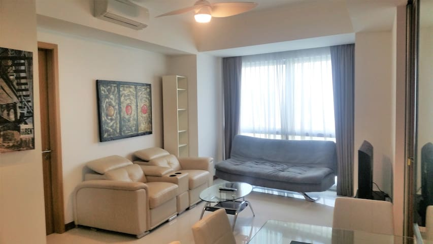 Luxury 2 Bedroom Apartment Bay View @ Raffles