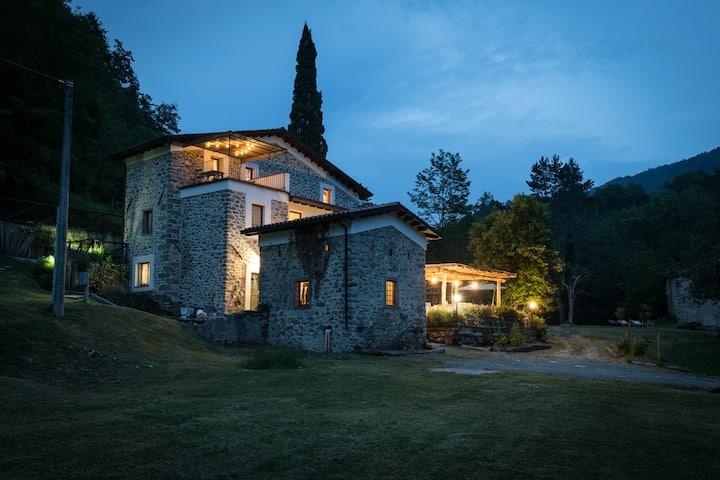 Lunigiana relax  antica casa pietra near 5 terre