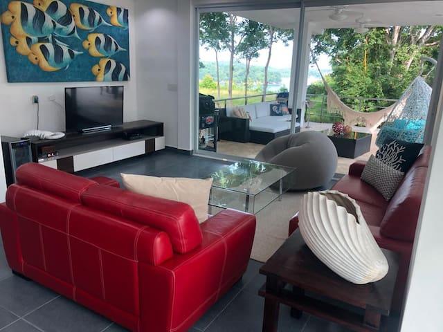 Dream House in Contadora Island