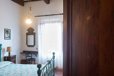 private double room Michele da Pisa,  amazing view in the main street san matteo