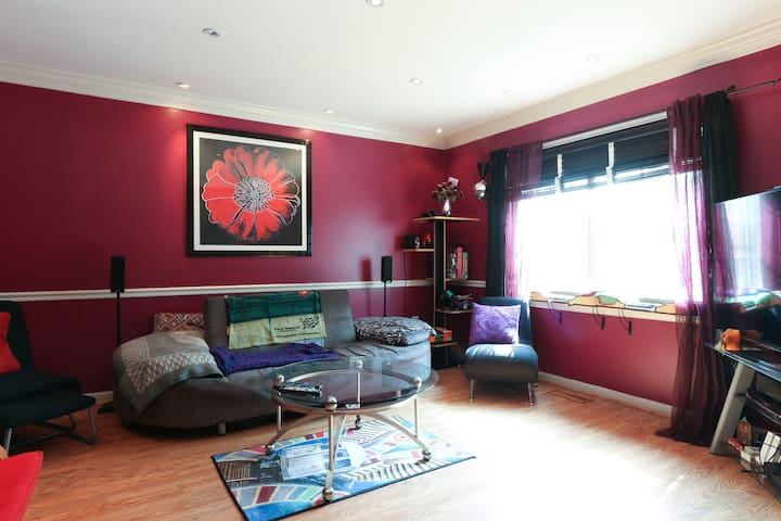 Fully Furnished Beautiful Room