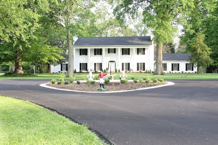 Entire Estate in Horse Country