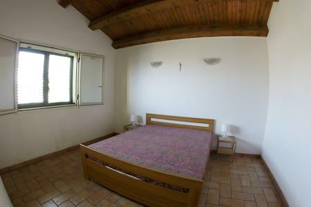 Appartamento a Punta Secca - Torre di Mezzo