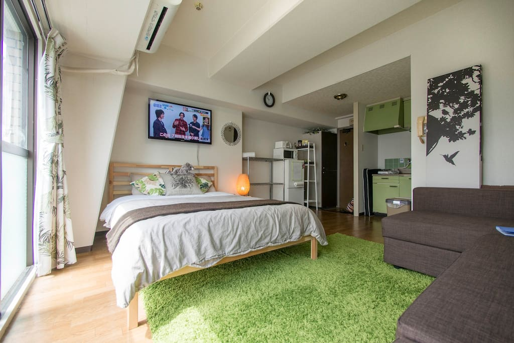 A spacious, airy apartment in a quiet, central location.