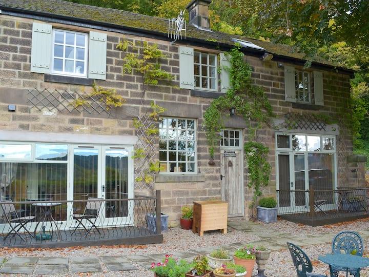 Holmefield Coach House - UK4039 (UK4039)