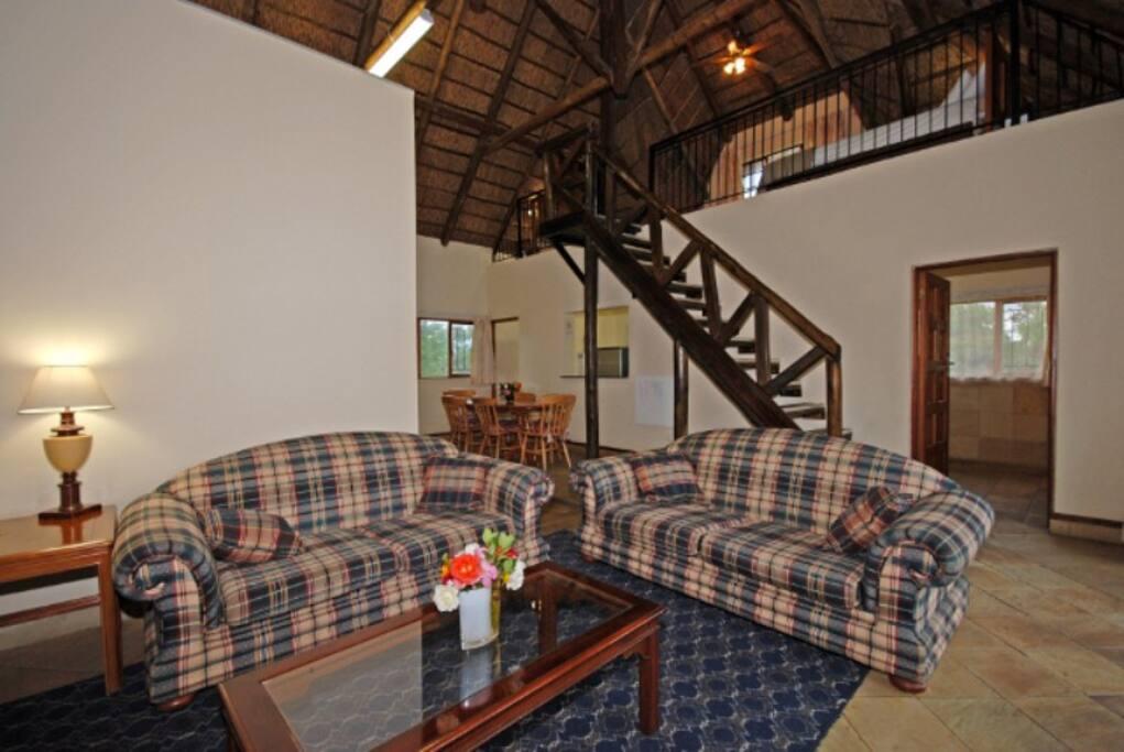 Guinea Fowl lounge
