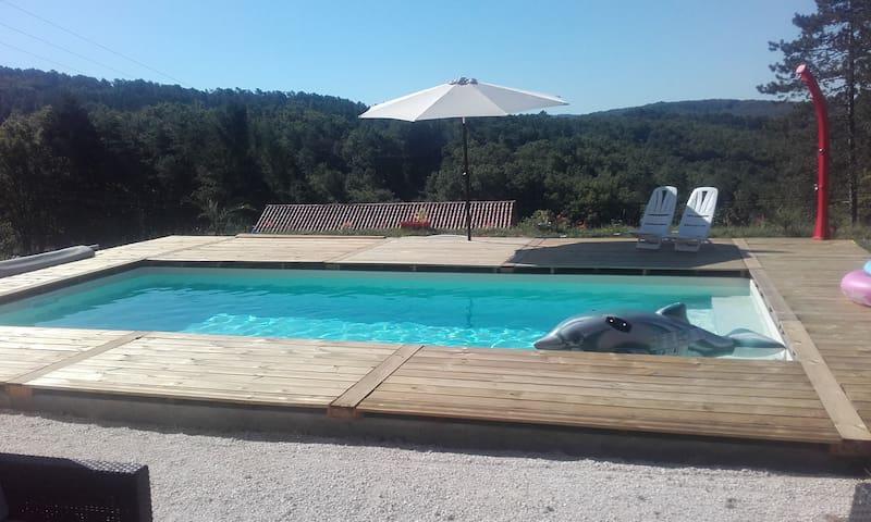 Maison neuve avec piscine proche Montignac Lascaux - Aubas - Rumah