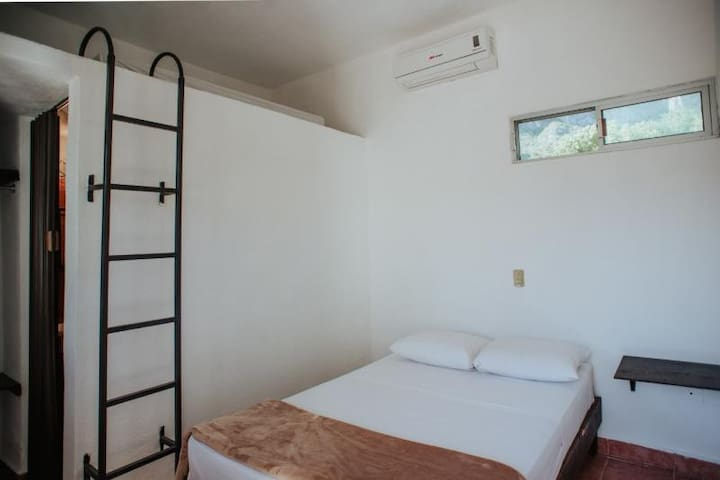 Private Room on El Potrero Chico Twin Bed