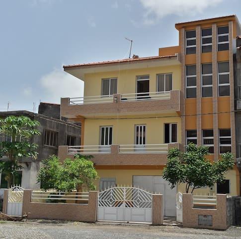 Casa Lia- Grande maison proche de la plage