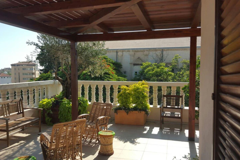 Pergola Mediterran beautiful roof garden apartment apartments for rent in tel aviv