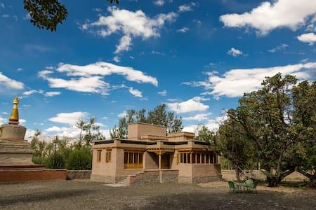 Stok Palace Heritage Hotel-  Chulli Bagh Villa