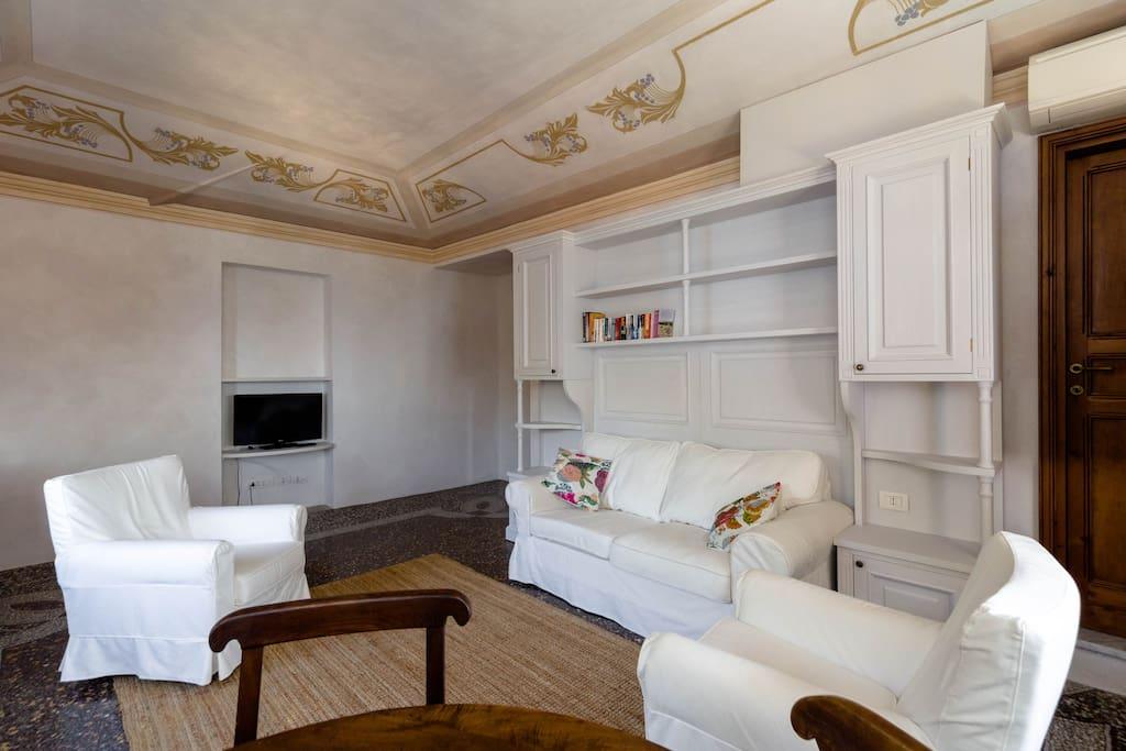 Villa edoardo flat 5 with pool apartamentos para alugar - Edoardo immobiliare ...
