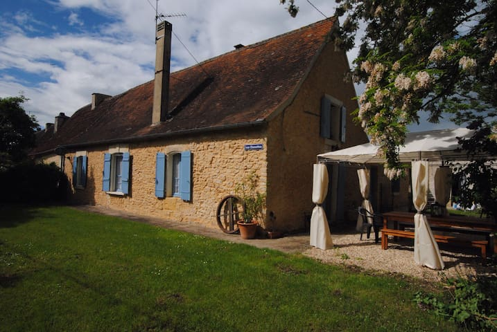 Live like a local in the Dordogne - Trémolat - Hus