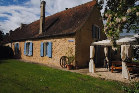 Live like a local in the Dordogne - Trémolat - Ház