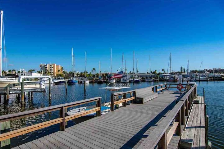 Like to fish?  There are several piers/docks located right within the community for your use.  Just grab the supplied poles in our Lanai, bait up, and catch some dinner to cook on the supplied outdoor grill.  How good is that?