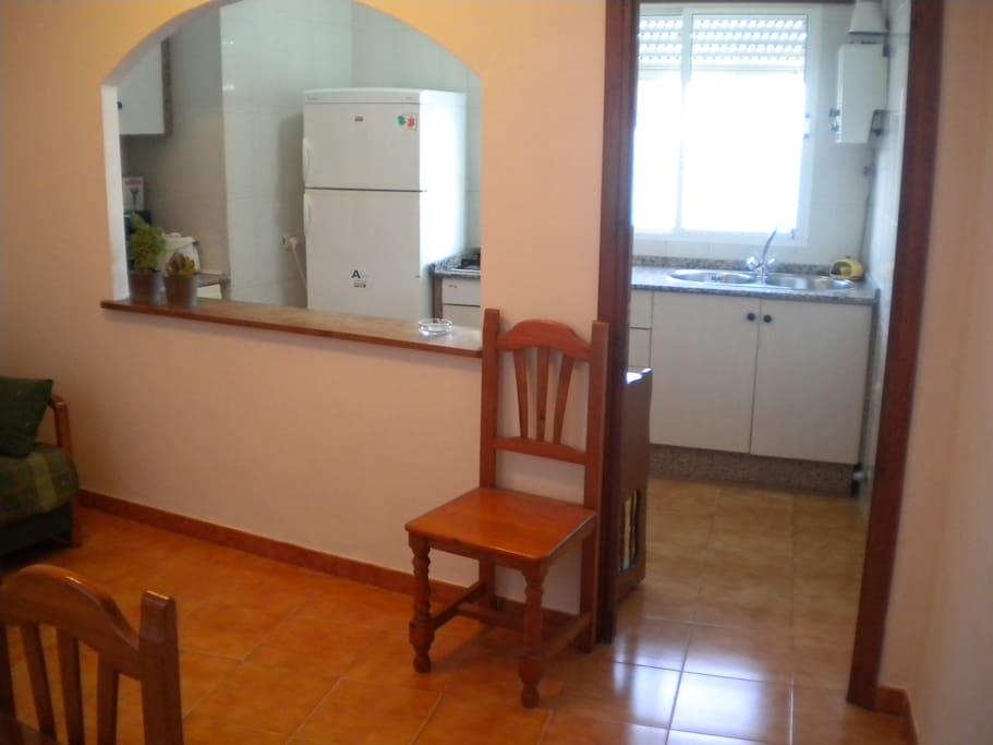 Piso con terraza propia flats for rent in conil de la for Pisos en conil de la frontera
