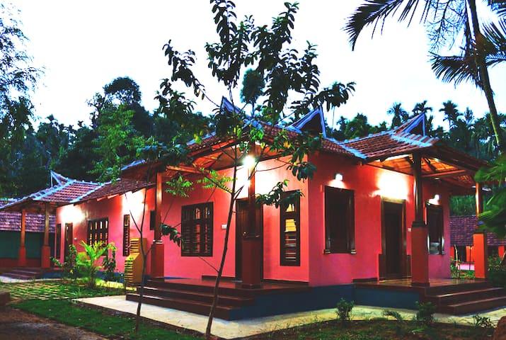 Heritage Private Room in a Garden,Kalpetta,Wayanad