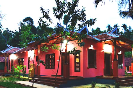Heritage Private Room in a Garden,Kalpetta,Wayanad