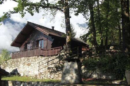 Une datcha au cœur de la Maurienne - Saint-Rémy-de-Maurienne - Xalet