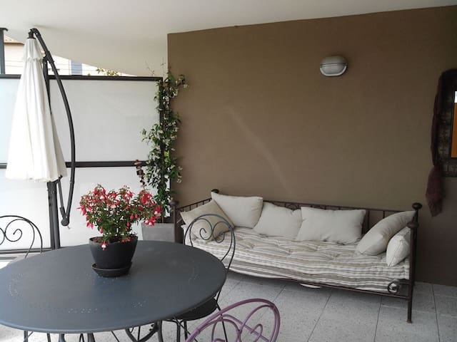 T 2 Grande Terrasse et Jardinet  - Le Luc - Квартира