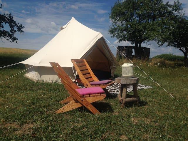 B&B Saharatent in Slowakije - Stredné Plachtince - ที่พักพร้อมอาหารเช้า