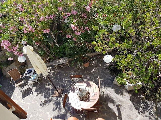 'La Piazzetta', intimate oasis of quiet and nature