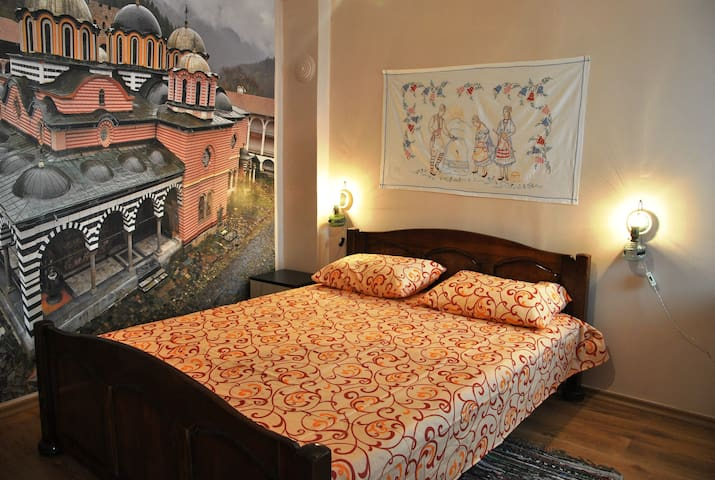 10 Coins Hostel Cozy Double Room - Sofia