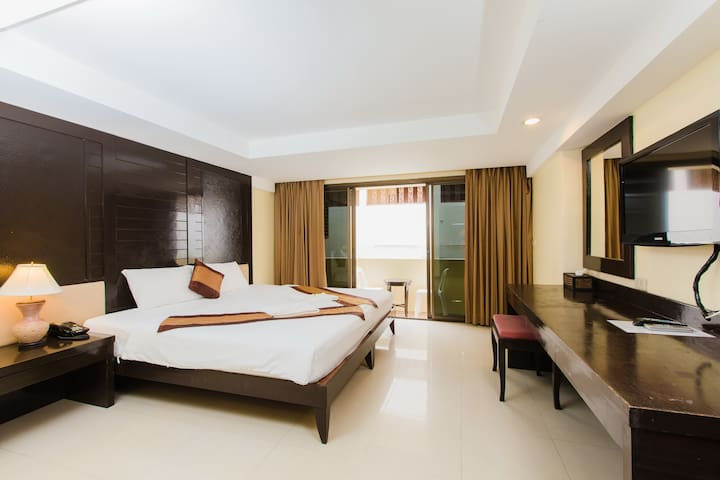 B superior king, beach 20 meters - Patong - Appartement