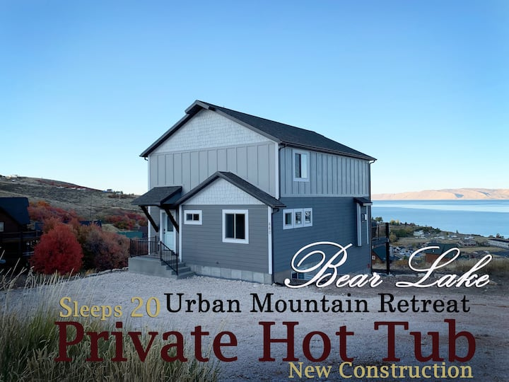 NEW build Urban Mountain Retreat-PRIVATE  Hot Tub