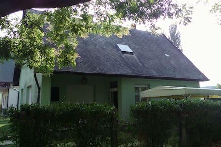 Two rooms for six people at Balaton - Balatonboglár - Rumah