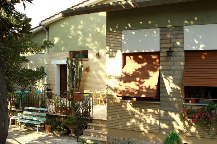 La tranquillità a due passi da Roma - Monterotondo - Casa