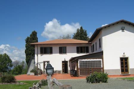 La Toscana che non ti aspetti - Fivizzano - Oda + Kahvaltı
