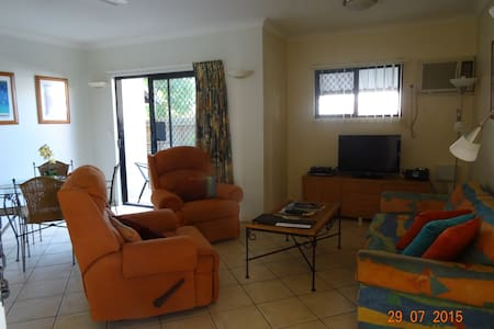 Cosy Apartment in Townsville - North Ward