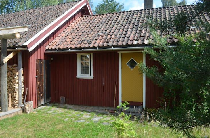 Cosy cabin near nature & village