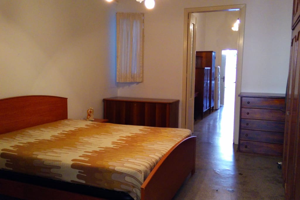 Stanza da letto matrimoniale - Bedroom with queen size bed