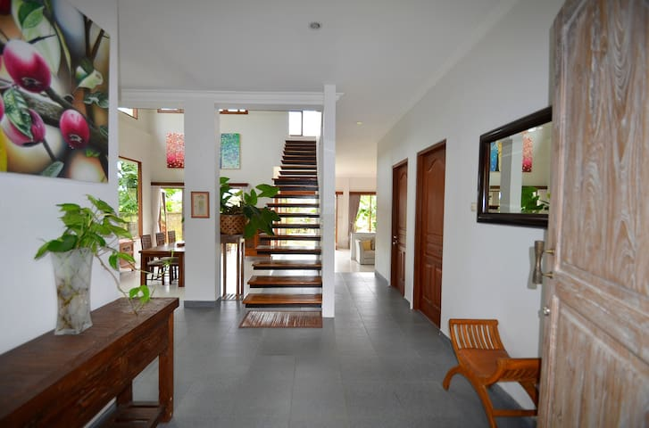 Villa Santai - Karangasem (3BR) - Karangasem - Bed & Breakfast