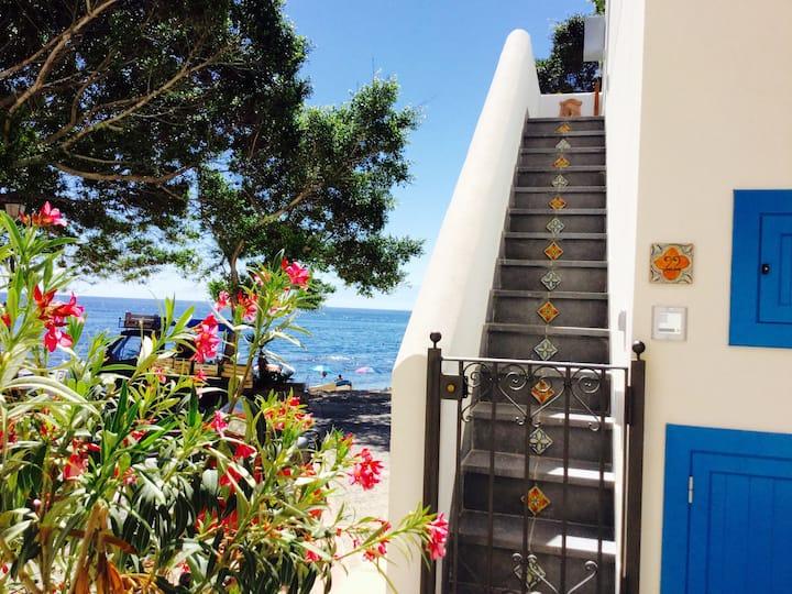 Casa Mariuccia close to the sea