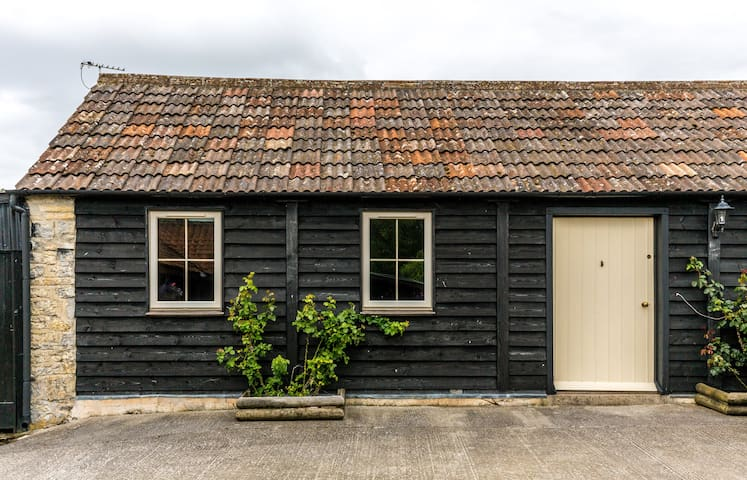 Ashton Drove Barn - Wedmore - House