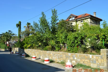 Parenzana family house Strunjan & free bikes