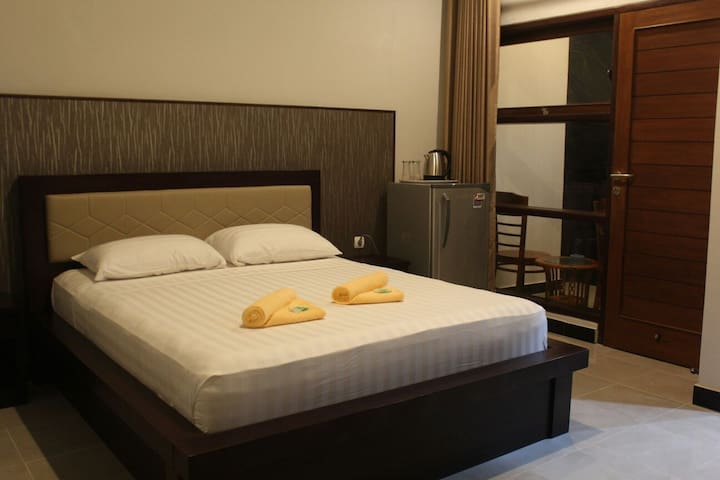 NEW ASTA GRAHA (DLX ROOM) JIMBARAN - South Kuta - Bed & Breakfast