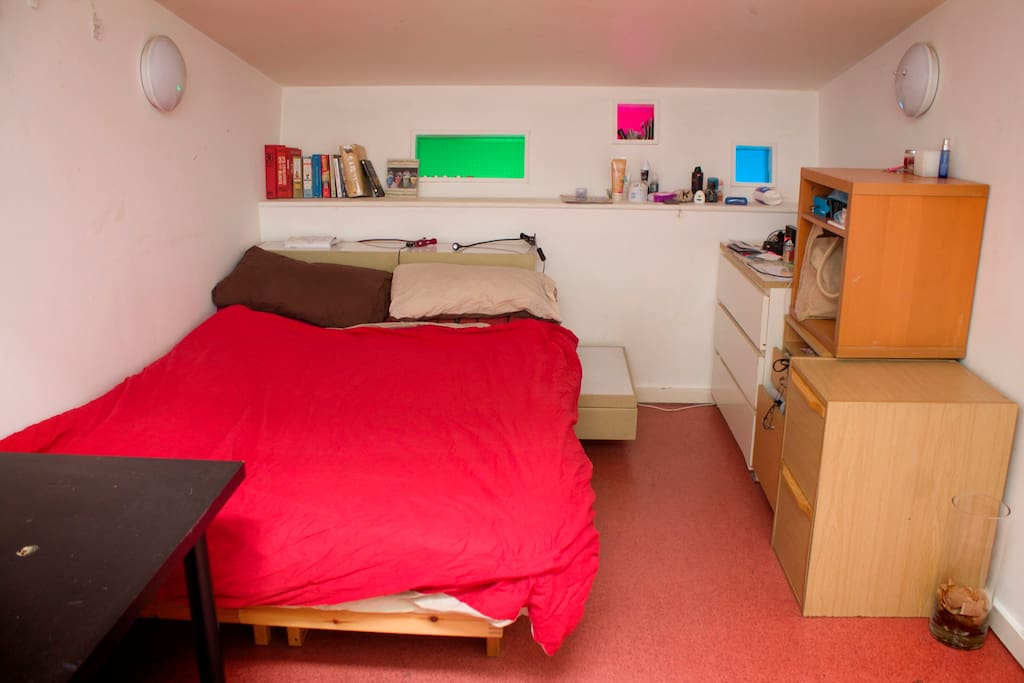 This is my room, if you prefer and your stay is short you can stay here!