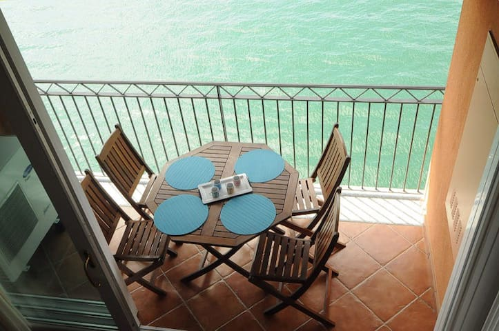 apartment terrace on the lake - Bellano - Flat