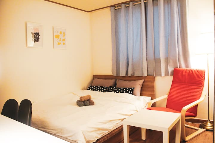 #6 ★ Seonyudo ★  Near HongDae + Cozy House