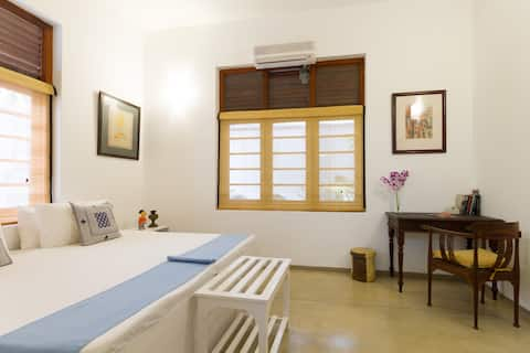 The Little Townhouse-Taprobane room