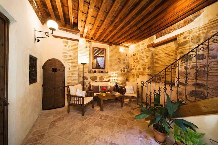 Habitación privada en casa del siglo XV