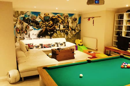 Duplex apartment with cinema/games room