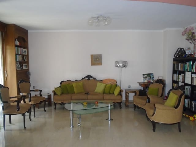 Spacious Apartment in Thessaloniki - Θεσσαλονίκη, Thessaloniki - Wohnung