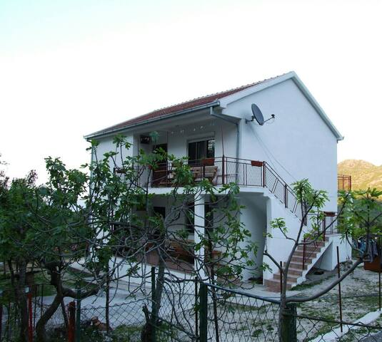 Guesthouse Nikac - Godinje - Rumah