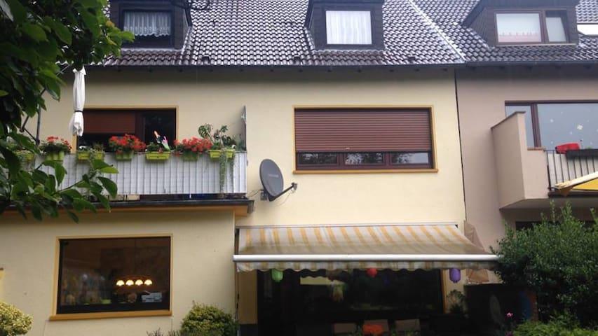 möbliertes Apartment zu vermieten - Essen - Byt